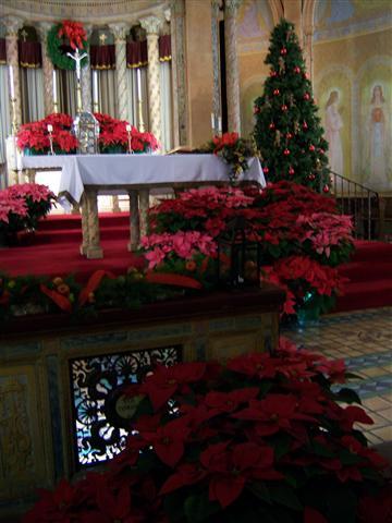 msd.2012xmas.altar1.sm